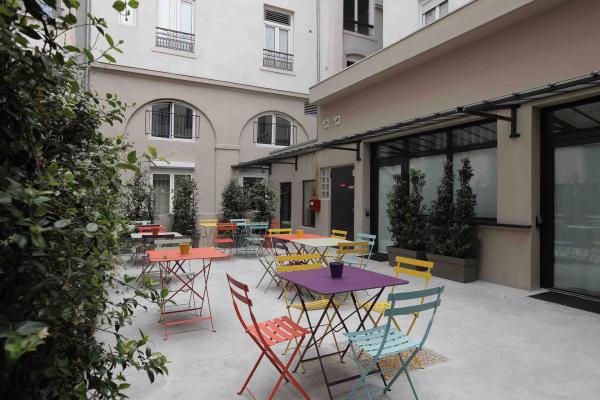 La terrasse © Greet Hôtel Lyon Confluence