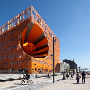 "The ""Cube Orange"" in the Confluence area © www.b-rob.com / Jakob + MacFarlane architects"