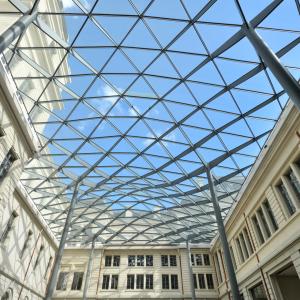Grand Hôtel-Dieu, Cour du Midi © Vincent Ramet